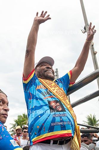 Detalhe de Martinho da Vila - homenageado do bloco pelo seu aniversário de 80 anos - durante o desfile do bloco de carnaval de rua Banda de Ipanema na Avenida Vieira Souto  - Rio de Janeiro - Rio de Janeiro (RJ) - Brasil