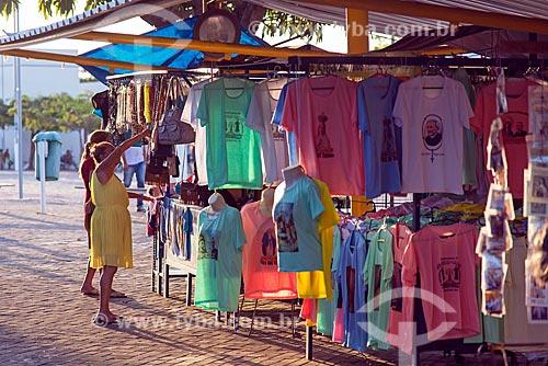 Detalhe barraca de feira com artigos religiosos  - Juazeiro do Norte - Ceará (CE) - Brasil