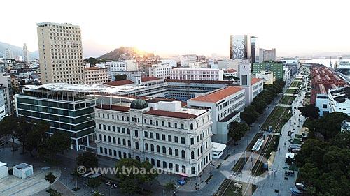 Foto feita com drone da Praça Mauá com o Museu de Arte do Rio (MAR) e o prédio do Departamento de Polícia Federal - Superintendência Regional do Rio de Janeiro (DPF / SR-RJ)  - Rio de Janeiro - Rio de Janeiro (RJ) - Brasil