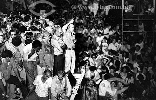 Leonel Brizola e Saturnino Braga durante comício da campanha de Brizola ao governo do Estado do Rio de Janeiro  - Rio de Janeiro - Rio de Janeiro (RJ) - Brasil