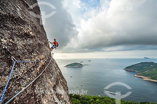 Vista durante a escalada do morro do Pão de Açúcar  - Rio de Janeiro - Rio de Janeiro (RJ) - Brasil