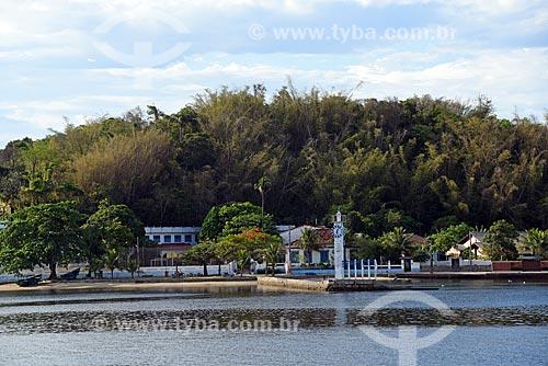 Vista do Farol-Relógio da Mesbla - réplica do relógio do edifício Mesbla - na Praia das Gaivotas a partir da Baía de Guanabara  - Rio de Janeiro - Rio de Janeiro (RJ) - Brasil