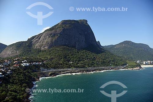Foto aérea do Elevado do Joá (1972) - também conhecido como Elevado das Bandeiras - com Pedra da Gávea  - Rio de Janeiro - Rio de Janeiro (RJ) - Brasil