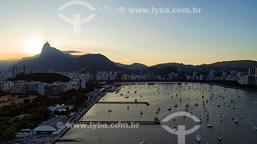 Foto feita com drone do Iate Clube do Rio de Janeiro com o Cristo Redentor ao fundo  - Rio de Janeiro - Rio de Janeiro (RJ) - Brasil