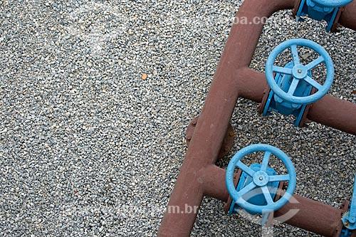 Detalhe de dutos de água da estação de tratamento de água de Macaé  - Macaé - Rio de Janeiro (RJ) - Brasil
