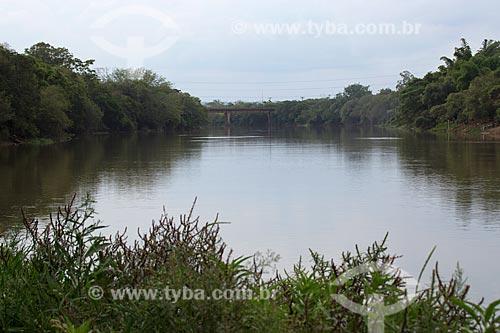 Vista de trecho do Rio Mogiguassú   - Porto Ferreira - São Paulo (SP) - Brasil