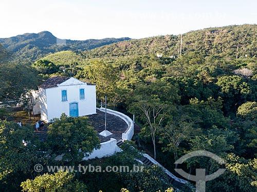 Foto feita com drone da Igreja de Santa Bárbara (1780) - também conhecida como Oureiro de Santa Bárbara  - Goiás - Goiás (GO) - Brasil