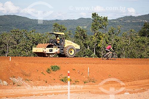 Terraplanagem para duplicação da Rodovia Jayme Câmara (GO-070) próximo à cidade de Goiás  - Goiás - Goiás (GO) - Brasil