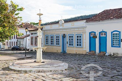 Detalhe de chafariz na Praça Castelo Branco  - Goiás - Goiás (GO) - Brasil