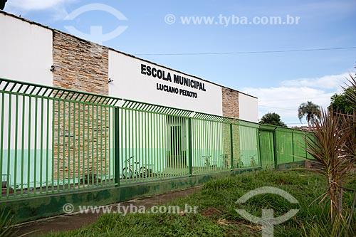 Fachada da Escola Municipal Luciano Peixoto  - Pirenópolis - Goiás (GO) - Brasil