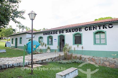 Fachada da Unidade de Saúde na Rua Aurora -  centro histórico da cidade de Pirenópolis  - Pirenópolis - Goiás (GO) - Brasil