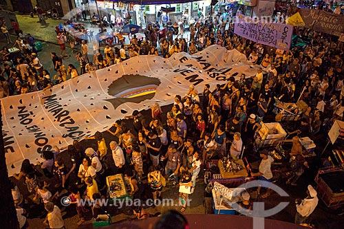 Manifestação marcando 1 mês do assassinato da Vereadora Marielle Franco na Avenida Nem de Sá  - Rio de Janeiro - Rio de Janeiro (RJ) - Brasil