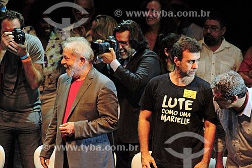 Ex-presidente Luiz Inácio Lula da Silva e Marcelo Freixo durante ato em defesa da democracia no Circo Voador  - Rio de Janeiro - Rio de Janeiro (RJ) - Brasil