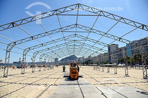 Montagem de palco na Praia de Copacabana para show no réveillon  - Rio de Janeiro - Rio de Janeiro (RJ) - Brasil