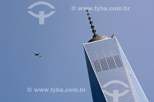 Avião sobrevoando o WTC 1  - Cidade de Nova Iorque - Nova Iorque - Estados Unidos
