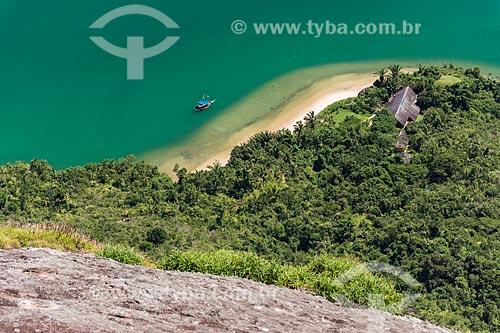 Vista de casa na orla do Saco do Mamanguá - locação do filme Amanhecer (Parte 1) - a partir do Pico do Pão de Açúcar - também conhecido como Pico do Mamanguá  - Paraty - Rio de Janeiro (RJ) - Brasil
