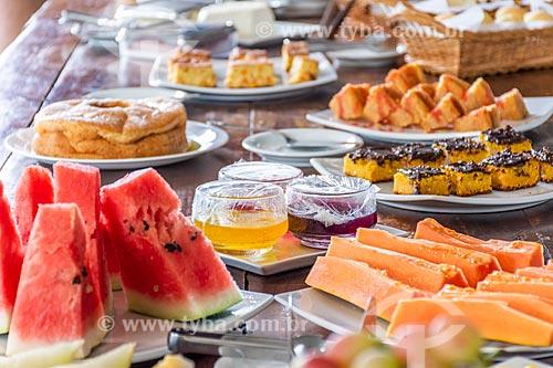 Mesa posta para café da manhã na Pousada Casa da Lua  - Alto Paraíso de Goiás - Goiás (GO) - Brasil
