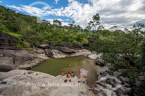 Banhistas em piscina natural no Vale da Lua  - Alto Paraíso de Goiás - Goiás (GO) - Brasil
