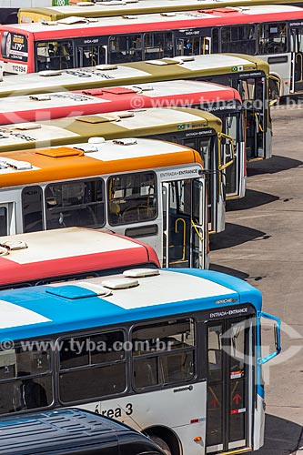 Detalhe de ônibus na Plataforma Rodoviária de Brasília  - Brasília - Distrito Federal (DF) - Brasil