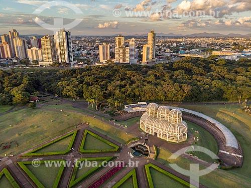 Foto aérea do Jardim Botânico de Curitiba (Jardim Botânico Francisca Maria Garfunkel Rischbieter) durante o pôr do sol  - Curitiba - Paraná (PR) - Brasil