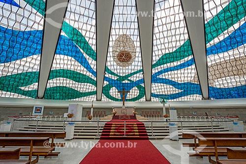 Altar da Catedral Metropolitana de Nossa Senhora Aparecida (1958) - também conhecida como Catedral de Brasília  - Brasília - Distrito Federal (DF) - Brasil