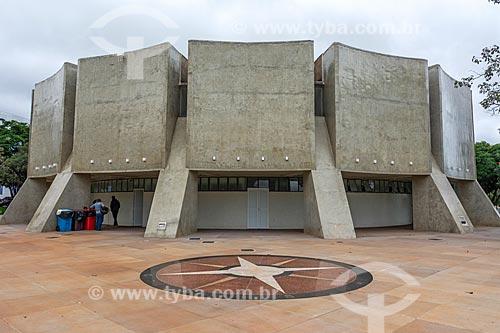Rosa dos Ventos em frente ao Planetário de Brasília  - Brasília - Distrito Federal (DF) - Brasil