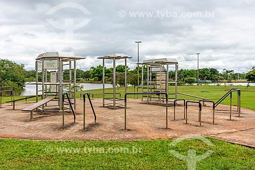 Academia ao ar livre no Parque da Cidade Dona Sarah Kubitschek - mais conhecido como Parque da Cidade  - Brasília - Distrito Federal (DF) - Brasil