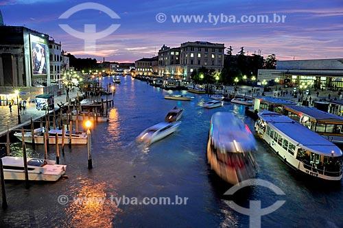 Vista de barcos próximo à Piazza San Marco (Praça de São Marcos)  - Veneza - Província de Veneza - Itália