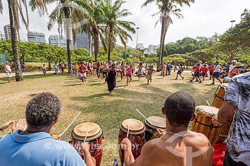 Aula aberta de dança africana no Aterro do Flamengo  - Rio de Janeiro - Rio de Janeiro (RJ) - Brasil