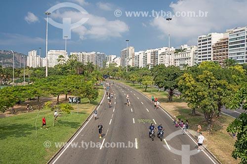 Avenida Infante Dom Henrique fechada ao trânsito para uso como área de lazer no Aterro do Flamengo  - Rio de Janeiro - Rio de Janeiro (RJ) - Brasil