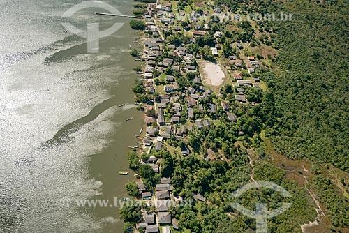 Foto aérea da Comunidade dos Almeida na Ilha Rasa  - Guaraqueçaba - Paraná (PR) - Brasil