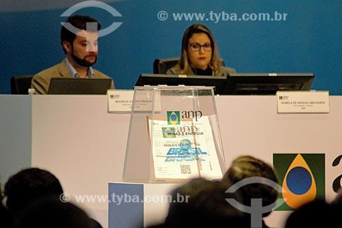 Detalhe de propostas na urna durante o leilão da 4ª rodada de partilha da produção do Pré-sal  - Rio de Janeiro - Rio de Janeiro (RJ) - Brasil