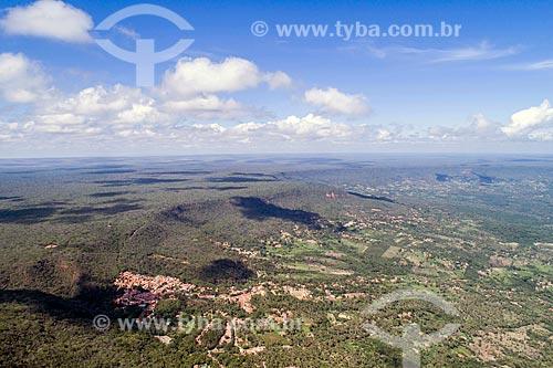 Foto feita com drone da Chapada do Araripe com o Balneário do Caldas  - Barbalha - Ceará (CE) - Brasil