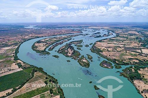Foto feita com drone do Arquipélago de Assunção - divisa natural entre Bahia e Pernambuco  - Abaré - Bahia (BA) - Brasil