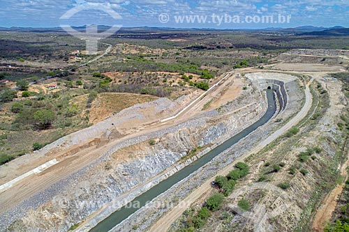 Foto feita com drone da entrada do Túnel Engenheiro Giancarlo de Lins Cavalcanti no Projeto de Integração do Rio São Francisco com as bacias hidrográficas do Nordeste Setentrional  - Sertânia - Pernambuco (PE) - Brasil