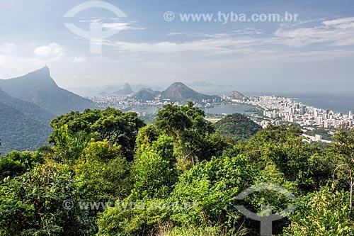 Vista do Cristo Redentor com o Pão de Açúcar a partir do Mirante da Vista Chinesa  - Rio de Janeiro - Rio de Janeiro (RJ) - Brasil