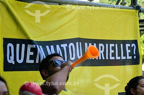Manifestação promovida pela Anistia Internacional marcando os 3 mês do assassinato da Vereadora Marielle Franco em frente a sede do Ministério Público do Estado do Rio de Janeiro  - Rio de Janeiro - Rio de Janeiro (RJ) - Brasil