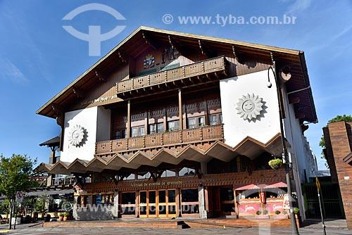 Fachada do Palácio dos Festivais - local de exibição dos filmes participantes do Festival de Cinema de Gramado  - Gramado - Rio Grande do Sul (RS) - Brasil