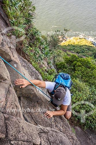 Detalhe de montanhista durante a escalada do Pão de Açúcar  - Rio de Janeiro - Rio de Janeiro (RJ) - Brasil
