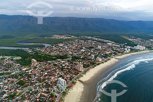 Foto feita com drone da Praia da Enseada com a Serra do Itatinga ao fundo  - Bertioga - São Paulo (SP) - Brasil