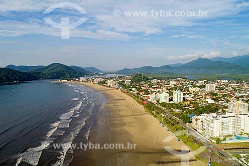 Foto feita com drone da Praia da Enseada com a Ilha de Santo Amaro ao fundo  - Bertioga - São Paulo (SP) - Brasil