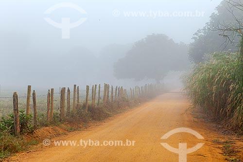 Crepúsculo de inverno na zona rural da cidade de Guarani  - Guarani - Minas Gerais (MG) - Brasil