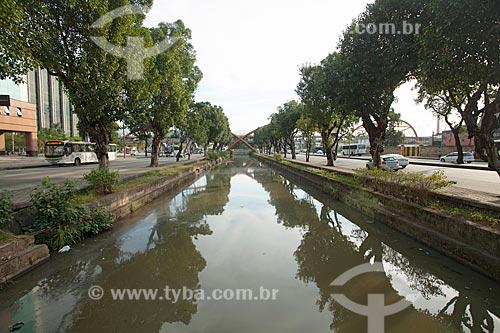 Canal do Mangue em meio às pistas da Avenida Presidente Vargas  - Rio de Janeiro - Rio de Janeiro (RJ) - Brasil
