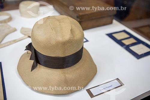 Chapéu Panamá que pertenceu à Alberto Santos Dumont em exibição no Museu Aeroespacial (1976) na Base Aérea dos Afonsos  - Rio de Janeiro - Rio de Janeiro (RJ) - Brasil