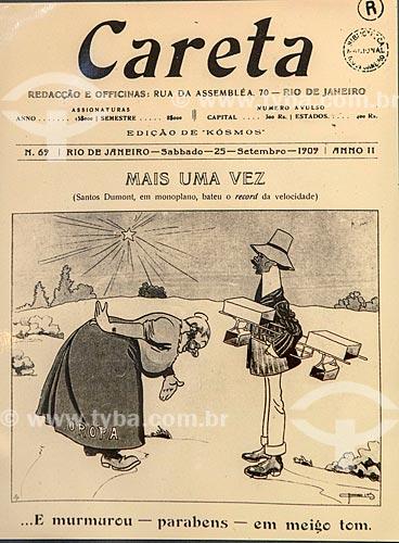 Charge sobre Santos Dumont na capa da revista humorística Careta edição de 25 de setembro de 1909 - reprodução do acervo do Museu Aeroespacial na Base Aérea dos Afonsos  - Rio de Janeiro - Rio de Janeiro (RJ) - Brasil