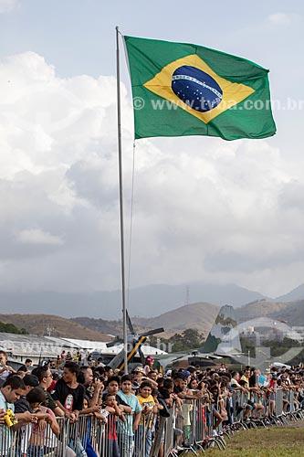 Público durante a comemoração dos 145 anos do nascimento de Santos Dumont na Base Aérea dos Afonsos  - Rio de Janeiro - Rio de Janeiro (RJ) - Brasil