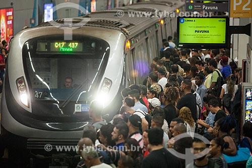Metrô chegando na Estação Botafogo do Metrô Rio  - Rio de Janeiro - Rio de Janeiro (RJ) - Brasil