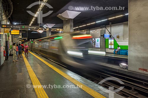 Metrô na Estação Largo do Machado do Metrô Rio  - Rio de Janeiro - Rio de Janeiro (RJ) - Brasil