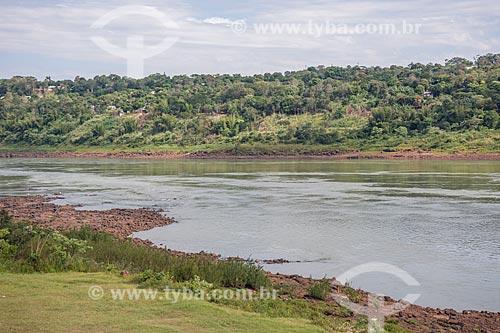 Vista de trecho do Rio Paraná  - Foz do Iguaçu - Paraná (PR) - Brasil