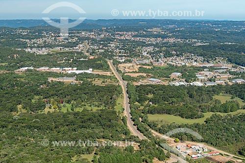 Vista aérea da Rodovia RS-235  - Canela - Rio Grande do Sul (RS) - Brasil
